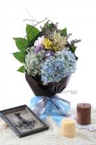 荷蘭大花蔥 + 荷蘭白雪 + 荷蘭麝香 +繡球+ 蕾絲花 + 襯葉