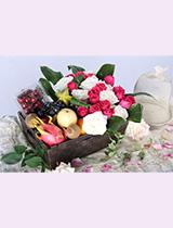 新鮮生果 + 玫瑰 + 襯葉