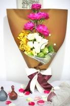 荷蘭牡丹+ 台灣胡姬蘭+ 白雪山玫瑰+ 唐棉+ 襯葉